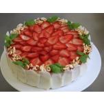 Maasika-toorjuustu tort 1,7kg